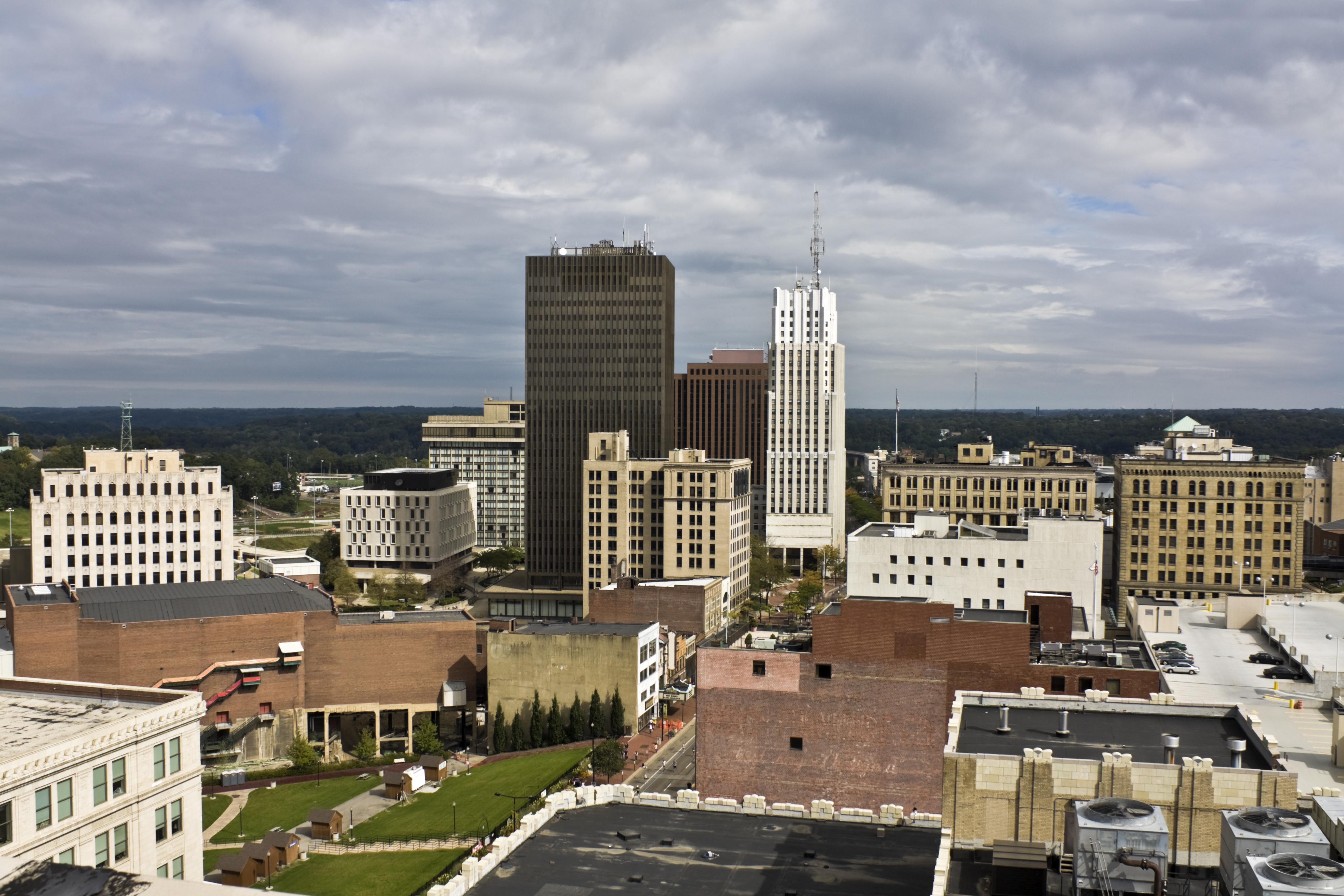 akron ohio downtown buildings skyline air cities oh copley places flag italy crittenden quality urban visit cloudy seen worst during